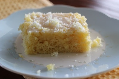Low-Fat-Buttermilk-Lemon-Sheet-Cake.jpg