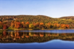 Autumn squantz-pond-